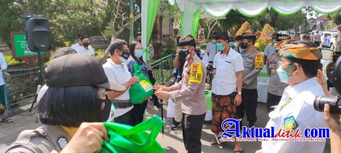 Kapolres Badung Dampingi Kapolda Bali Dalam Kunjungan Kerja di Pura Taman Ayun Mengwi