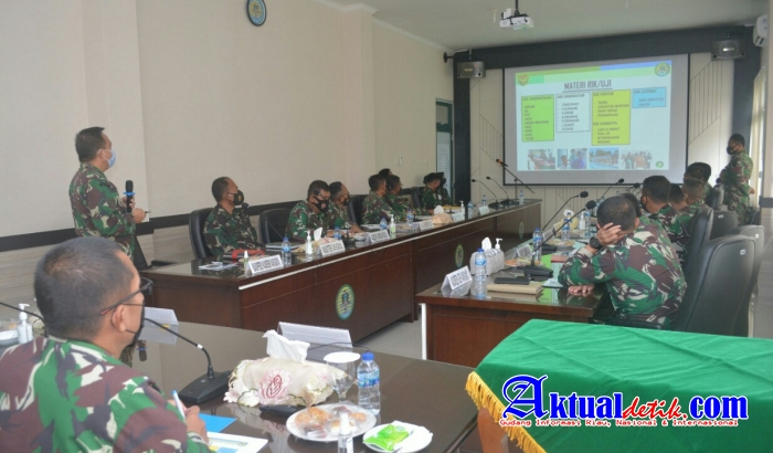 Danrem 045/Gaya Pimpin Rapat Werving Secaba PK TNI AD TA. 2021