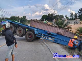 Lagi lagi Kecelakaan Tunggal terjadi dijalan Lintas Timur