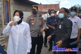 Kapolres Karangasem dan Forkopimda Sambut Kunjungan Menteri Sosial RI di Desa Ban Pasca Gempa Bumi