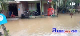 Dinas Sosial Pelalawan Tinjau Lokasi Banjir Di Desa Lubuk Keranji Timur