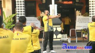Jaga Imunitas, Kapolres Gianyar Pimpin Apel Olahraga Pagi