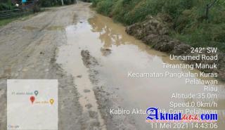 Jalan Koridor SPA Berlumpur dan Air Tergenang di Jalan