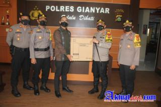 Polres Gianyar Terima Bantuan Masker dan Handsanitizer Untuk Disalurkan ke Masyarakat