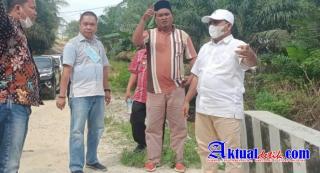 Wakil Bupati Pelalawan Tinjau Jalan Rusak Di Kecamatan Bunut