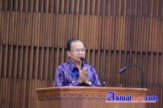 Pengarahan Gubernur Bali Wayan Koster Dalam Pasamuhan Agung II Majelis Desa Adat Bali