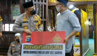 Kapolda Riau Ikuti Khotmil Quran dan Silaturahmi di Masjid Jami Air Tiris Kampar