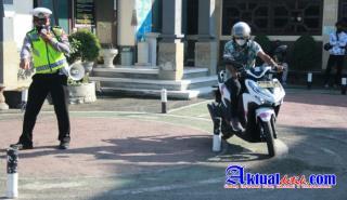 Safety Riding SIM Masal, Apa Himbau Kapolres Klungkung??