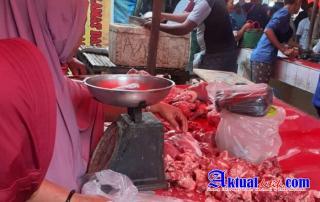 Harga Daging Sapi Naik Di Pasar Kwandang Jelang Ramadhan