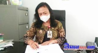 Ahli Waris Keluarga Samiran Serahkan Berkas Atas Hak Pembuatan Sertifikat HM ke Kelurahan