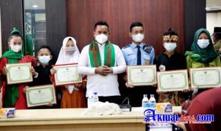 Bupati Pelalawan Bersilaturrahmi Bersama Guru dan Siswa Berprestasi Kabupaten Pelalawan