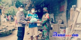 PPKM Level 3, Polsek Gianyar Kembali Salurkan Bantuan Sembako Kepada Warga