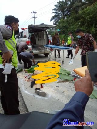 Di duga korban tabrak lari dua pengendara sepeda motor tewas di tempat
