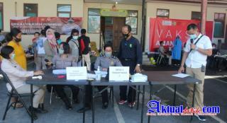 Antusias Masyarakat Dalam Pelaksanaan Gerai Vaksinasi Presisi Polres Gianyar