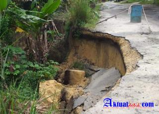 End of Year Disaster Threatens, Landslide Road in Rohil