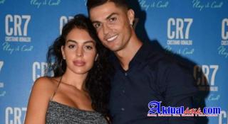 Dapat Gaji 500 Miliar Perbulan, Berapakah Setoran Belanja Ronaldo Pada Isteri?