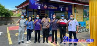 Kapolres Klungkung Hadiri Launching Samsat Drive Thru dengan Virtual